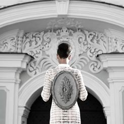 Kofta İmzalı Çantalarla Barok Yapıları Sırtınızda Taşıyın!
