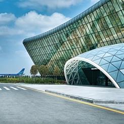 Heydar Aliyev Uluslararası Havalimanı Yeni Terminali İç Mekânları