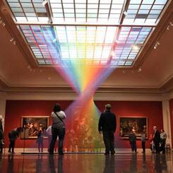 Toledo Sanat Müzesi'ne Gökkuşağı Enstalasyonu