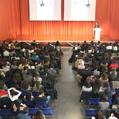 Bilgi Üniversitesi Mimarlık Fakültesi Öğrencileri İlk Derslerini YEM'de Dinlediler