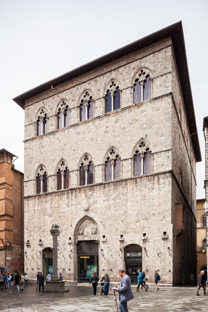 Piazza Tolomei, Siena
