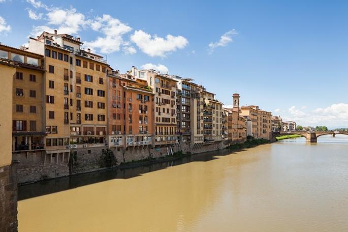Arno Nehri kıyısında binalar, Floransa