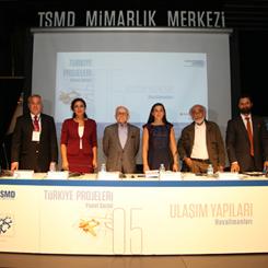 """""""Havalimanları Türkiye'nin Mimarlık Gündeminde Yok"""""""