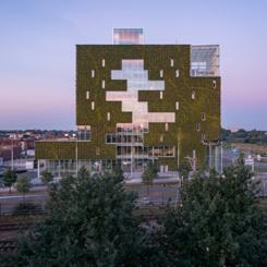 Kraaijvanger Architecten'den Sürdürülebilir Vilayet Binası