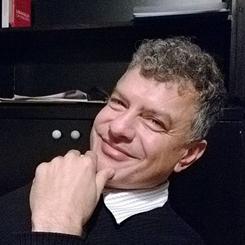 İzmirSMD'nin Yeni Başkanı Hüseyin Egeli