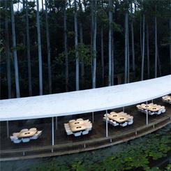 Ormanda Saklı Bir Restoran