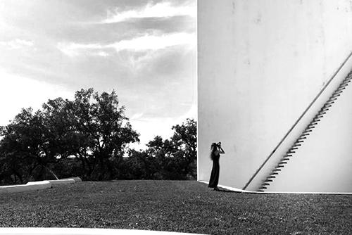 Yapıların Ruhunu Kendine Has Yorumuyla Fotoğraflayan Büşra Yeltekin