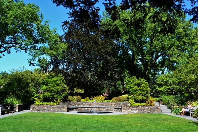 """Batik Bahçe"" (Sunken Garden), Radcliffe Institute for Advanced Study, Harvard University, Cambridge, MA."