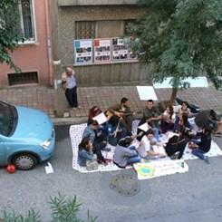 İstanbul Sokaklarında Alternatif Adımlar