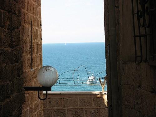 Yafo'da denize açılan bir aralık