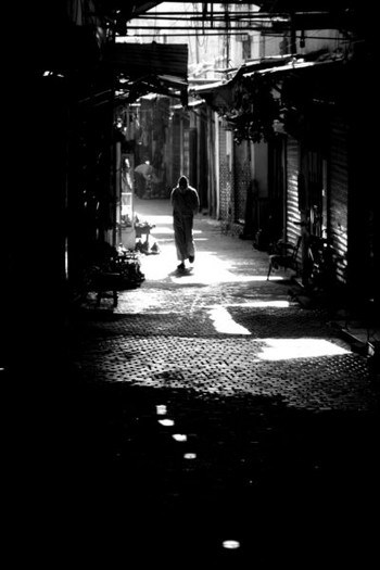 Luiz Menegaz / Dawn stroll in Marocco