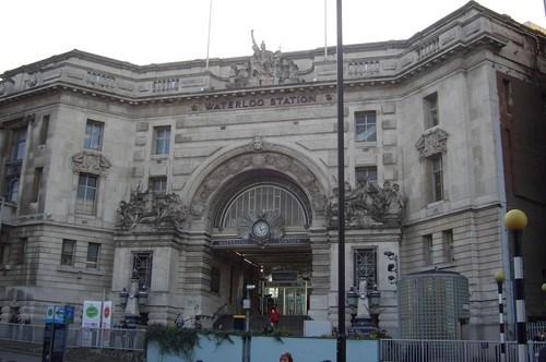 Waterloo İstasyonu