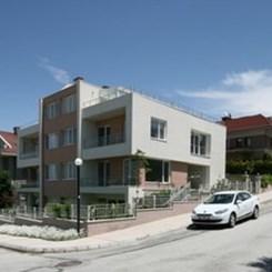Ankara Eskişehir Yolu'nda 8 Ev