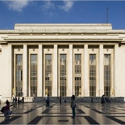 Dünyanın En Büyük Mimarlık Müzesi ya da Şoven Kibrinin Abartılı Anıtı