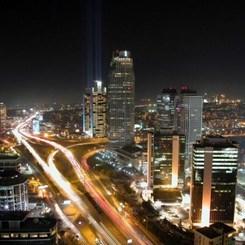 'İstanbul'u Anlamak Yerine Mahkum Ediyoruz'