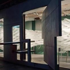 Kamusal Alan ve Yapı Arasındaki Sezgisel Duvarlar