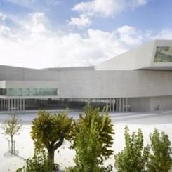 2010 RIBA Stirling Ödülü'nün Sahibi Zaha Hadid