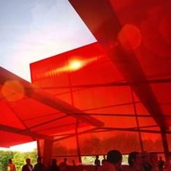 Nouvel'in 'Serpentine'ı, 'Kırmızı Bir Güneş Makinesi' mi?