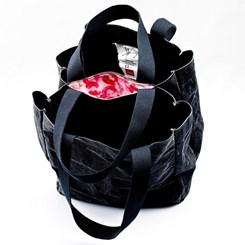 Kutluğ Ataman'ın 'Öpüşen Çantalar'ı Sahiplerini Arıyor