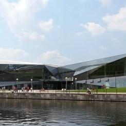 Londra'nın Sürdürülebilir Şehircilik Laboratuvarı 'The Crystal' Açıldı