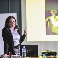 Gülfem Karaer 'Bir Uygulama Projesinin Öyküsü'nü Aktardı