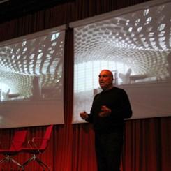 'Devrimi Yaratan Teknoloji Değil, Yeni Nesiller'