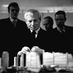 46 Yıl Sonra İlk Günkü Gibi; Louis I. Kahn