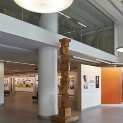 'Yere Ait: Ersen Gürsel Mimarlığı' Sergisi Açıldı