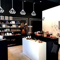 Yerel ve Yabancı Tasarımlar SADE Dükkan'da Buluşuyor