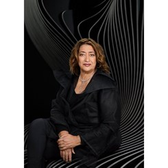 Zaha Hadid RIBA Altın Madalyası'nı Alan İlk Kadın Oldu