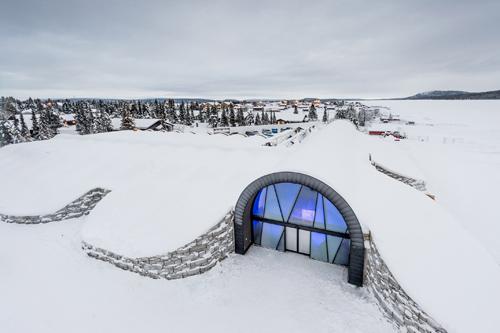 Dünyanın İlk Kalıcı Buz Oteli