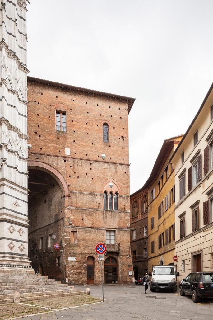 Piazza San Giovanni, Siena