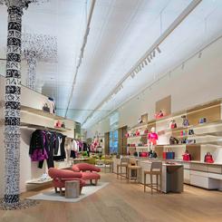 Louis Vuitton'un Soho Mağazasında Gutai'den İzler