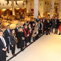 İzmirSMD Üyeleri Yeni Yıl Yemeğinde Buluştu
