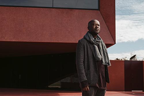 Kraliyet Madalyası'nı Alan İlk Siyahi Mimar: David Adjaye