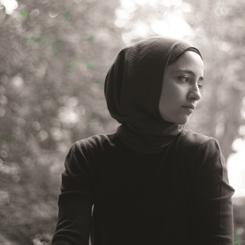 Farklı Disiplinlerin Birlikteliği: Büşra Kayıkçı