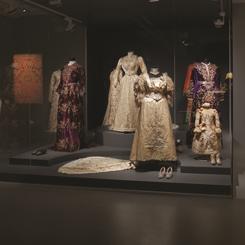 """""""Mâziyi Korumak: Sadberk Hanım Müzesi'nden Bir Seçki"""""""