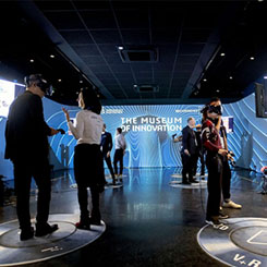 Atelier des Lumières'de Dijital Bir Sanat Merkezi