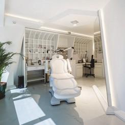 Onur Karadeniz Architects'ten Klinik Tasarımı