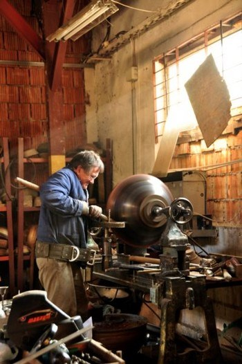 Alexander Ingle / The workshop
