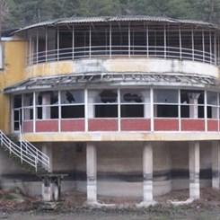 Çubuk Barajı'ndaki Yapılar Kaderine Terk Edildi