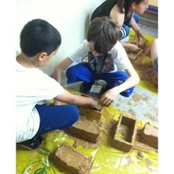 Ankaralı Çocuklar Kerpiç Döküp Kendi Parklarını Yaptı